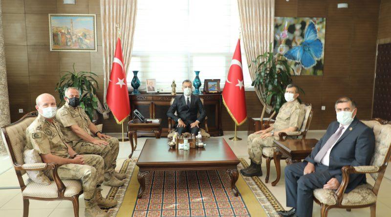 Jandarma Lojistik Komutanı Tuğgeneral Ersel Özer, Vali Oktay Çağatay'ı Ziyaret Etti.